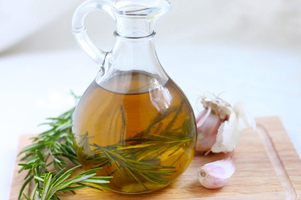 rosemary-garlic-oil-5