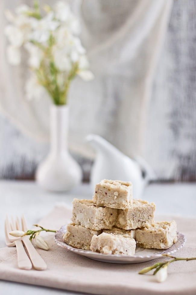 white-chocolate-kalakand-2