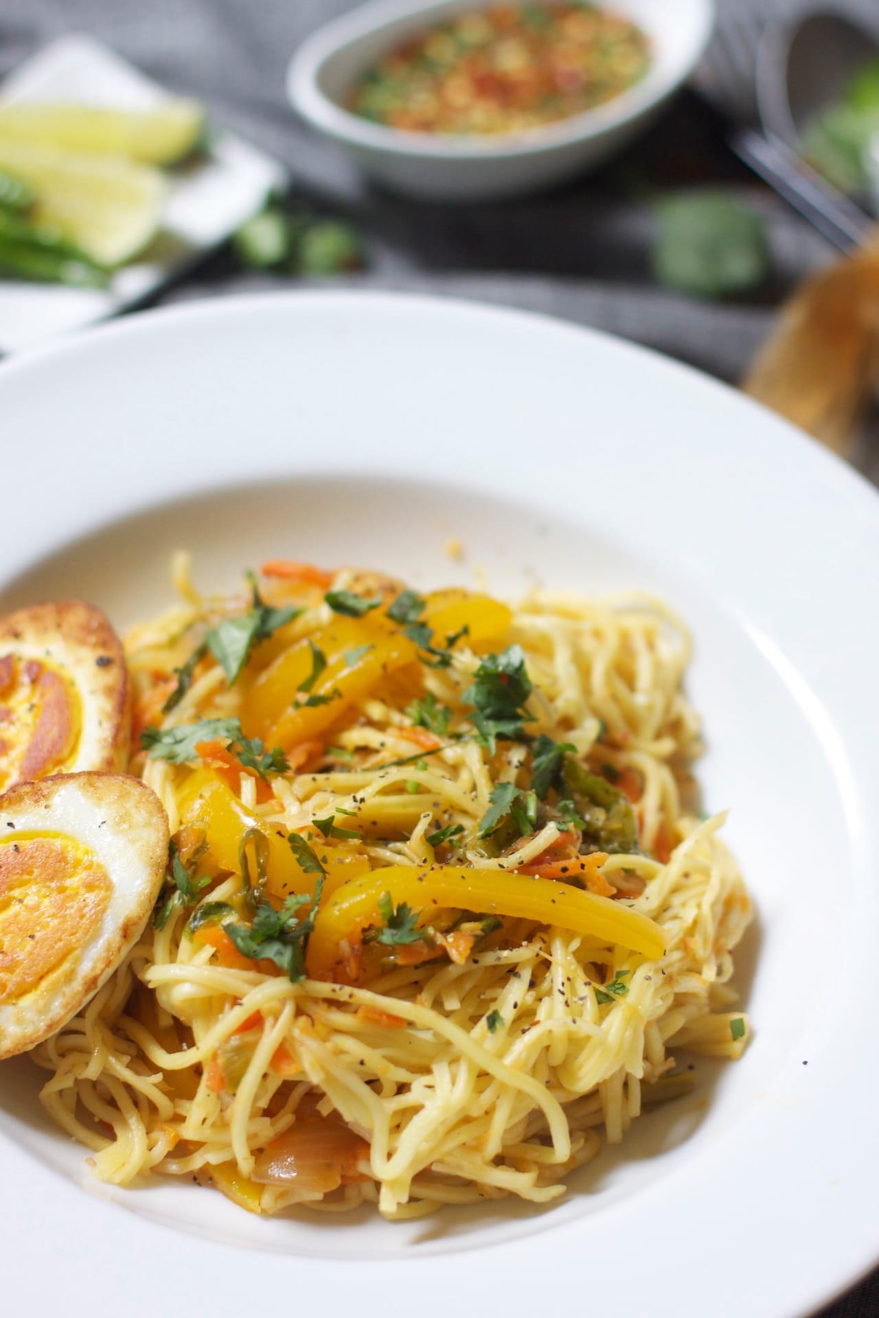 Egg Hakka Noodle 1