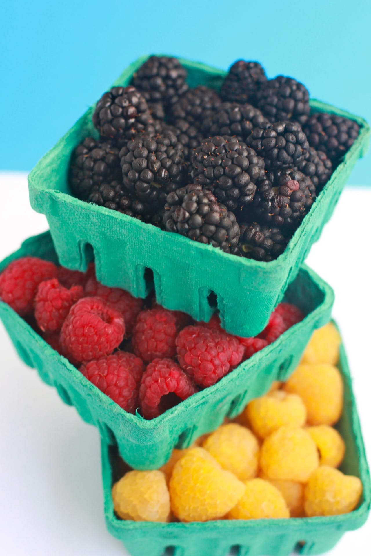 Berry Yogurt Parfait 4
