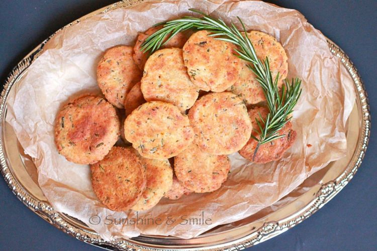 rosemary parmesan cookies 4