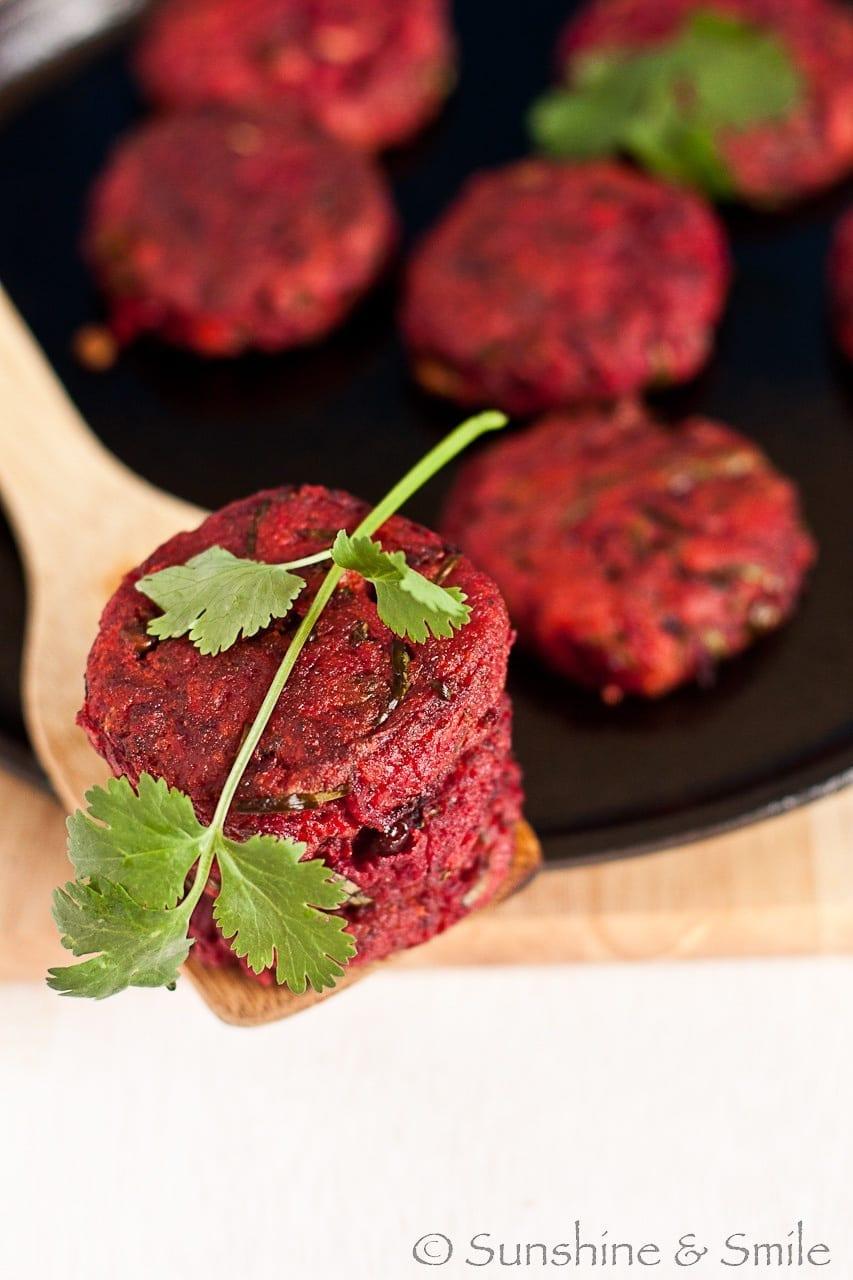 Beet Chop/Beetroot Patty - My twist on a street food from Kolkata 1