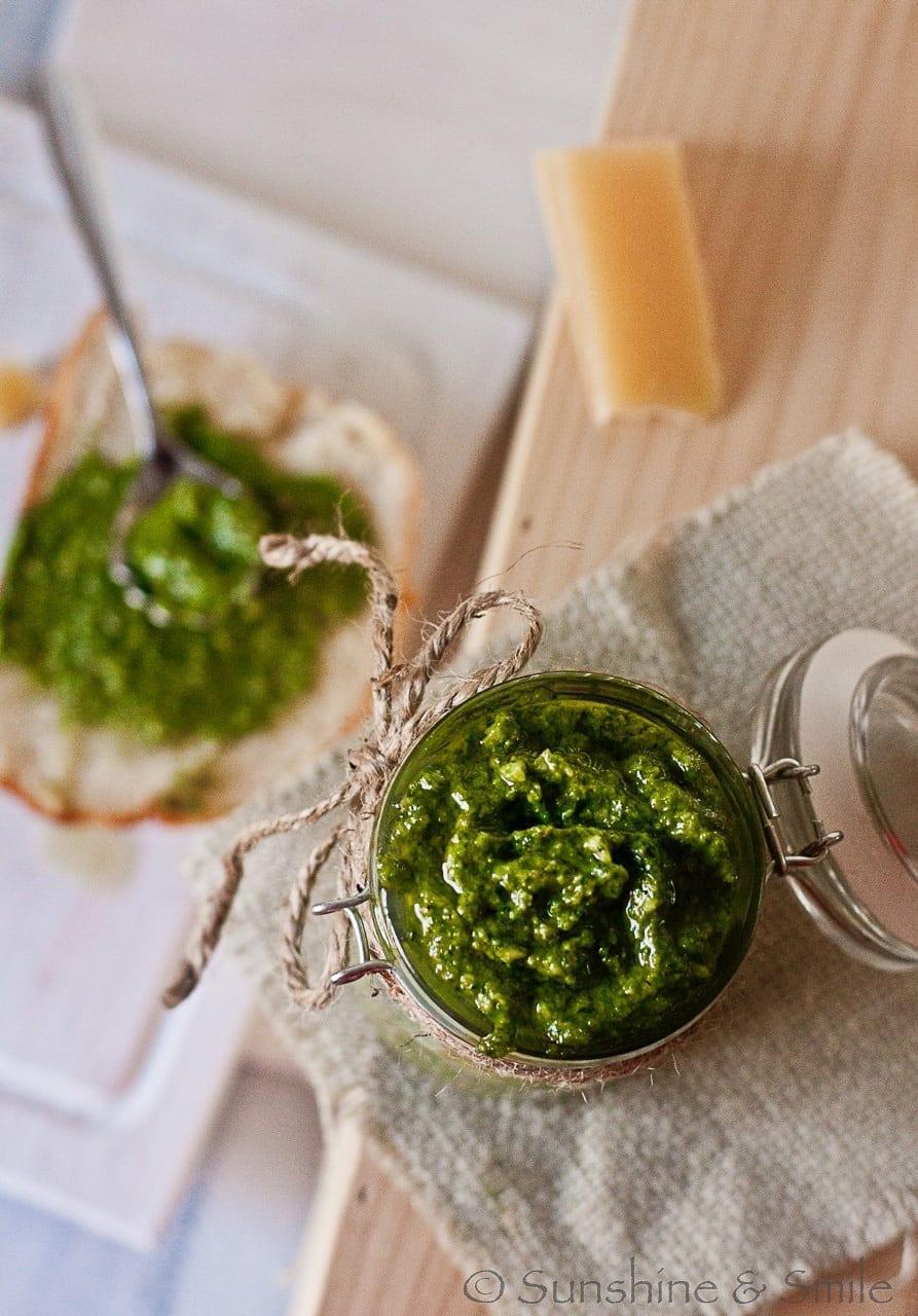 Spinach Pesto with Roasted Garlic 1