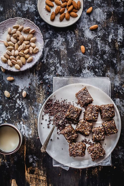 Date And Nuts Energy Bars With Cocoa Nibs | Playful Cooking