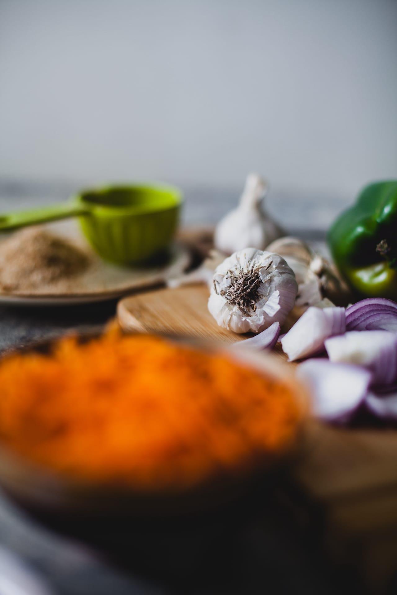 Meat Balls In Hot Garlic Sauce | Playful Cooking