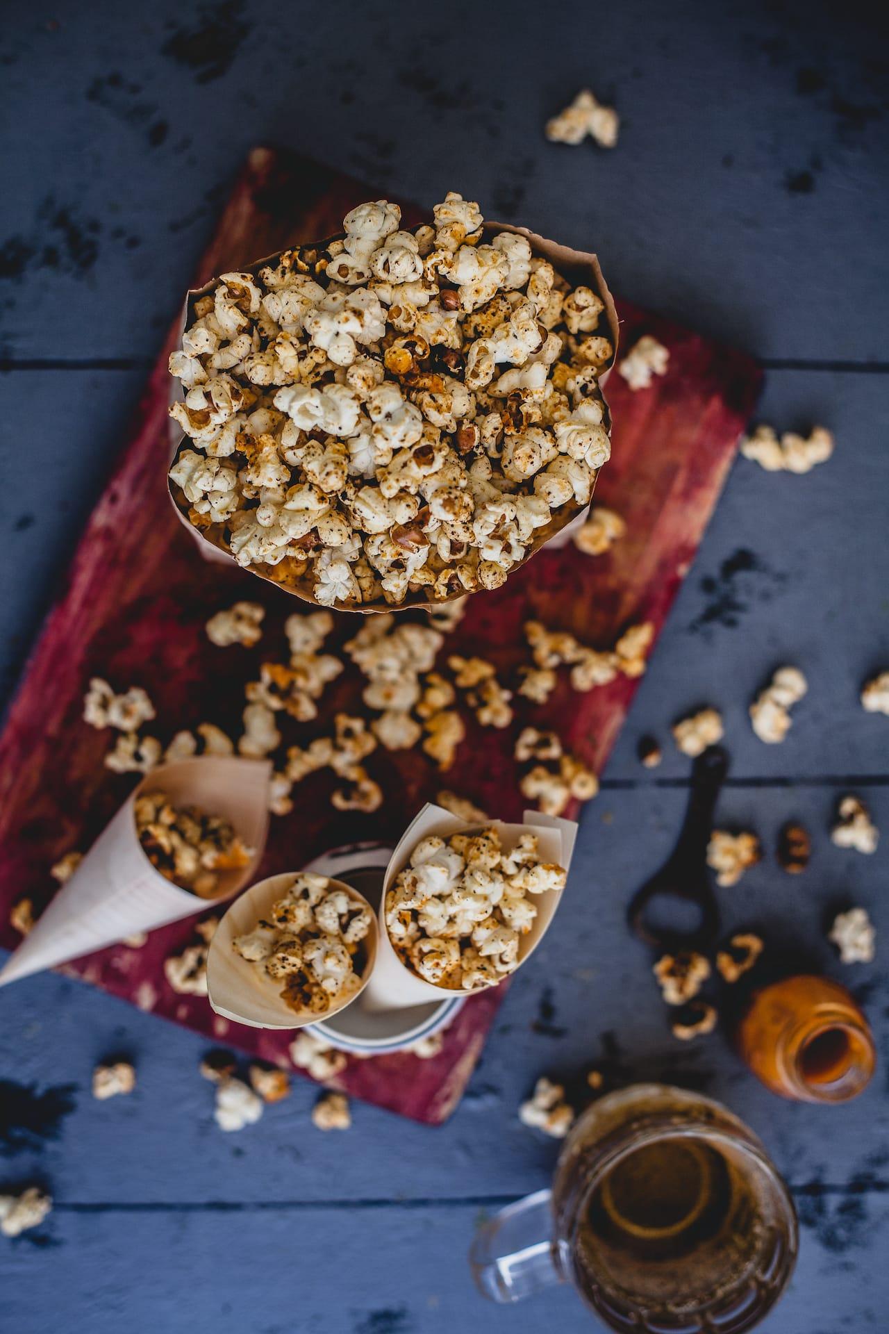 Sriracha Popcorn | Playful Cooking