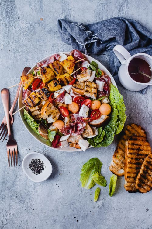 Fruit Cold Cut Panzanella Salad | Playful Cooking #panzanella #salad #summer #fruits