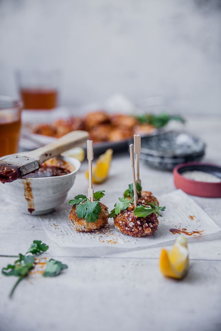Spiced Sticky Baked Chicken Meatballs | Playful Cooking #meatballs #chicken #partybites #baked #appetizers #stickysauce