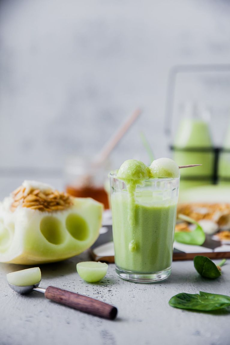 6 INGREDIENTS Melon Smoothie | Playful Cooking #smoothie #melon #spinach #foodphotography #drinks