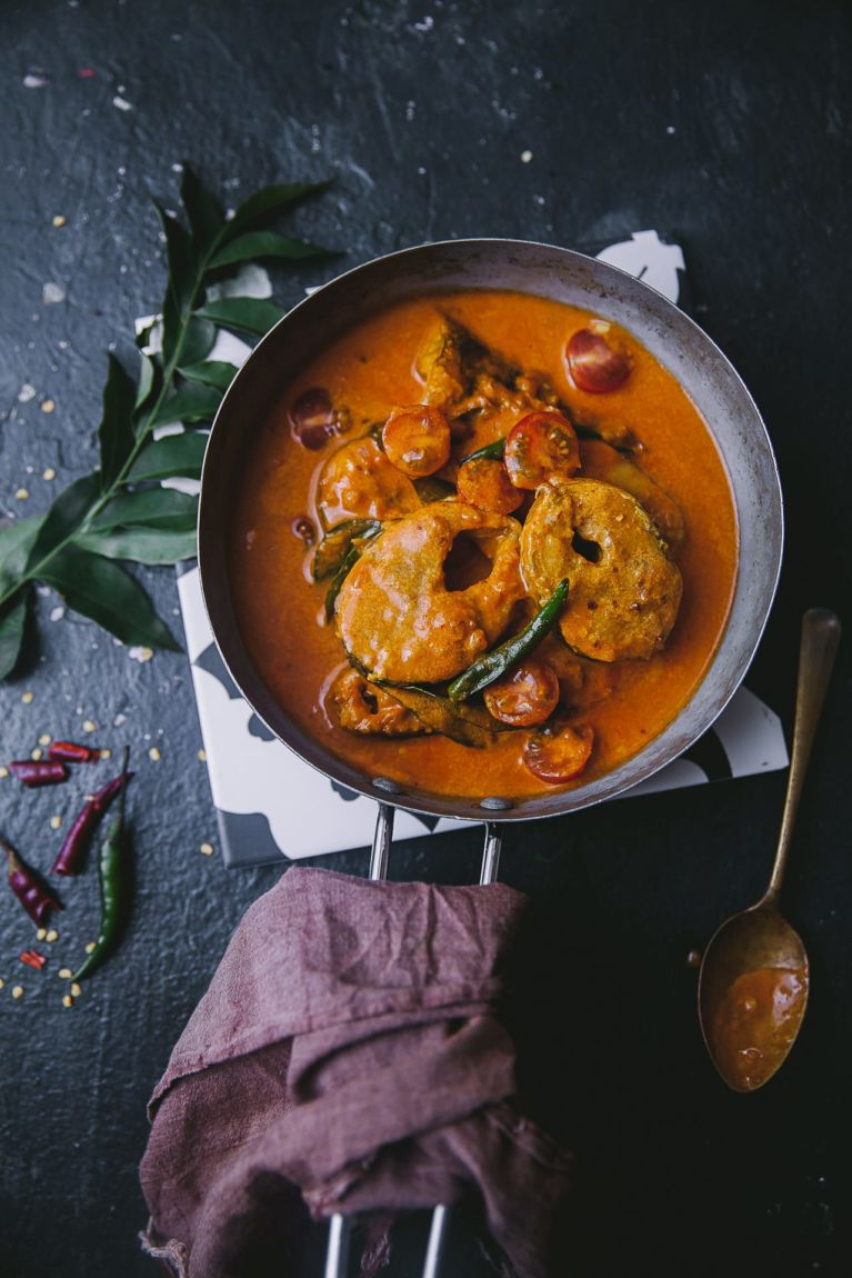 Aromatic fish curry prepared in spices, tamarind and coconut milk #playfulcooking #fishcurry #indianfood #seafoodcurry #foodphotography #foodstyling #keralafishcurry