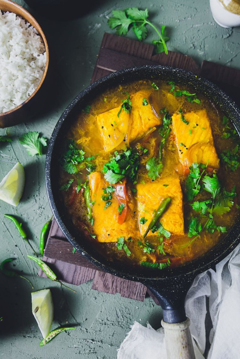 Salmon fish curry with Indian spices prepared Bengali Style!