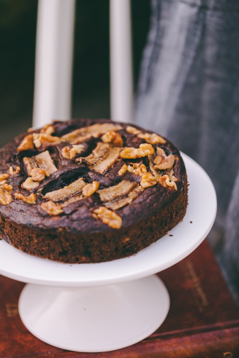 How to get a flat cake top - Read the detailed in the post! #cake #howto #bakingtips #foodphotography