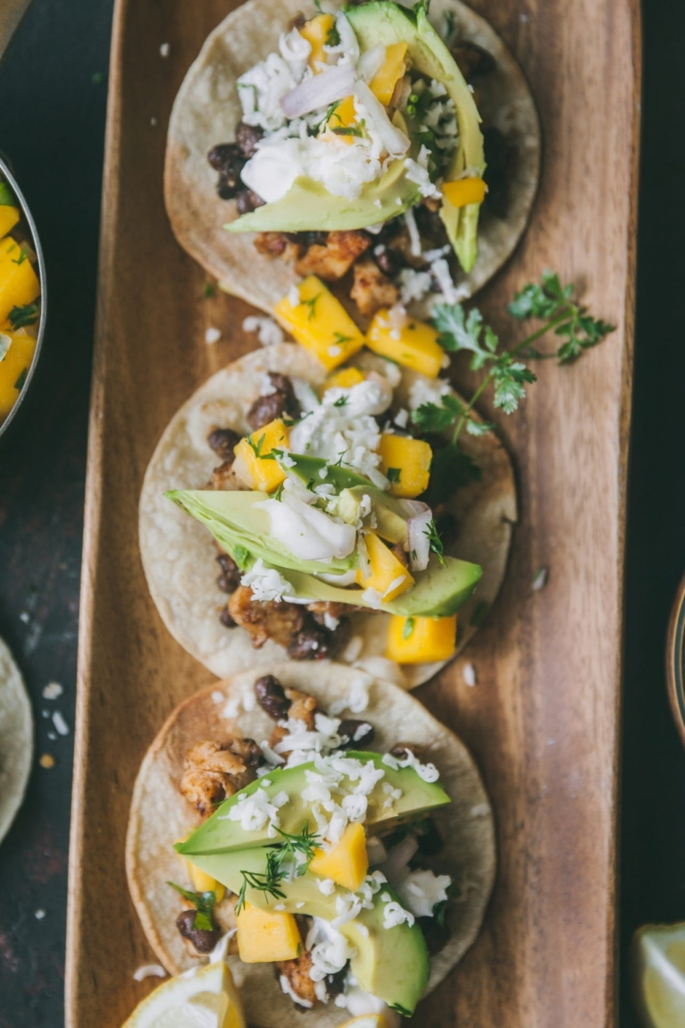 mexican food | food photography @playfulcooking #tostadas #chickentostadas #foodphotography #easymeal #mexicanfood