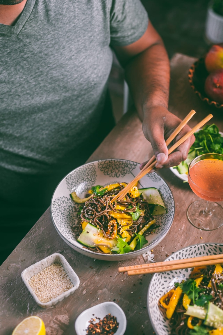 Soba Noodles with Mango And Chili Soya Dressing