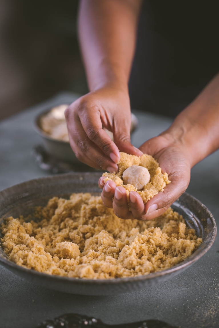Stuffing for the ladoo